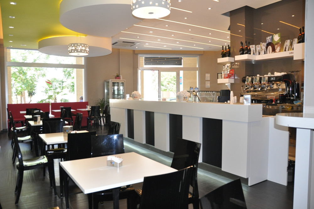 Arredamento bar in puglia arredo bar for Arredamento lounge bar